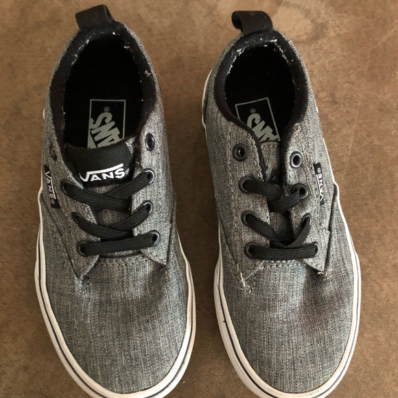 vans shoes size 11